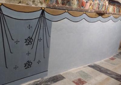 Après la restauration de la cantonnière du rideau