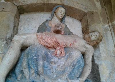 Pietà - statue avant restauration